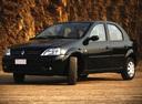 Фото авто Renault Logan 1 поколение, ракурс: 45 цвет: черный