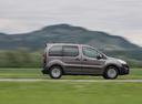 Фото авто Peugeot Partner 2 поколение [2-й рестайлинг], ракурс: 270 цвет: коричневый
