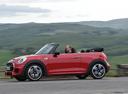 Фото авто Mini Cabrio F57, ракурс: 90 цвет: красный