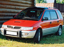 Фото авто Mitsubishi Chariot 2 поколение, ракурс: 45