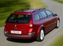 Фото авто Renault Megane 2 поколение, ракурс: 225 цвет: красный