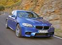 Фото авто BMW M5 F10, ракурс: 315 цвет: синий
