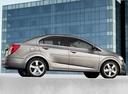Фото авто Chevrolet Aveo T300, ракурс: 270 цвет: серебряный