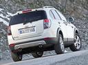 Фото авто Chevrolet Captiva 1 поколение [рестайлинг], ракурс: 180 цвет: белый