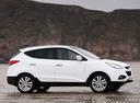 Фото авто Hyundai ix35 1 поколение, ракурс: 270 цвет: белый