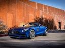 Фото авто Mercedes-Benz AMG GT C190 [рестайлинг], ракурс: 45 цвет: голубой