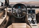 Фото авто Volkswagen Passat B7, ракурс: рулевое колесо