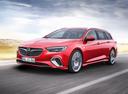 Фото авто Opel Insignia B, ракурс: 45 цвет: красный