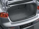 Фото авто Mitsubishi Lancer X [рестайлинг], ракурс: багажник цвет: серебряный