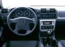 Фото авто Opel Frontera B, ракурс: торпедо