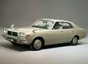 Фото авто Nissan Laurel C230, ракурс: 45
