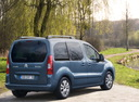 Фото авто Citroen Berlingo 2 поколение, ракурс: 225 цвет: голубой