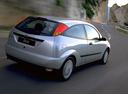Фото авто Ford Focus 1 поколение, ракурс: 225 цвет: серебряный