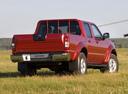 Фото авто Nissan NP300 1 поколение, ракурс: 225 цвет: красный