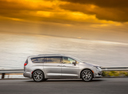 Фото авто Chrysler Pacifica 2 поколение, ракурс: 270 цвет: серебряный