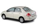 Фото авто Nissan Tiida C11 [рестайлинг], ракурс: 135 цвет: белый