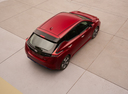 Фото авто Nissan Leaf 2 поколение, ракурс: сверху цвет: красный