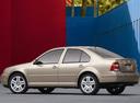 Фото авто Volkswagen Jetta 4 поколение, ракурс: 135 цвет: бежевый