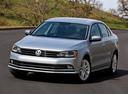 Фото авто Volkswagen Jetta 6 поколение [рестайлинг], ракурс: 45 цвет: серебряный