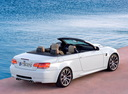 Фото авто BMW M3 E90/E92/E93, ракурс: 225 цвет: белый