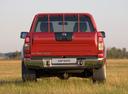 Фото авто Nissan NP300 1 поколение, ракурс: 180 цвет: красный