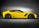 Фото авто Chevrolet Corvette C7, ракурс: 270 цвет: желтый