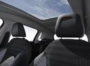 Фото авто Peugeot 2008 1 поколение [рестайлинг], ракурс: сиденье