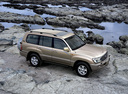 Фото авто Toyota Land Cruiser J100 [рестайлинг], ракурс: 315 цвет: бежевый