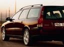 Фото авто Volvo V70 2 поколение, ракурс: боковая часть
