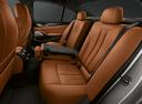 Фото авто BMW M5 F90, ракурс: задние сиденья