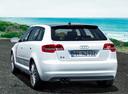 Фото авто Audi A3 8P/8PA [2-й рестайлинг], ракурс: 135 цвет: белый