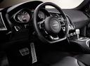 Фото авто Audi R8 1 поколение, ракурс: торпедо