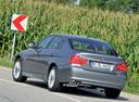Фото авто BMW 3 серия E90/E91/E92/E93 [рестайлинг], ракурс: 135 цвет: серебряный