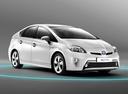 Фото авто Toyota Prius 3 поколение [рестайлинг], ракурс: 315 цвет: белый