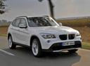 Фото авто BMW X1 E84, ракурс: 315 цвет: белый
