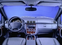 Фото авто Mercedes-Benz M-Класс W163, ракурс: торпедо