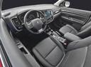 Фото авто Mitsubishi Outlander 3 поколение [2-й рестайлинг], ракурс: салон целиком