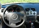 Фото авто Renault Megane 2 поколение [рестайлинг], ракурс: рулевое колесо