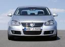 Фото авто Volkswagen Jetta 5 поколение,  цвет: серебряный
