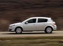 Фото авто Opel Astra H, ракурс: 90 цвет: серебряный