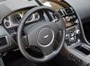 Фото авто Aston Martin Vantage 3 поколение [2-й рестайлинг], ракурс: рулевое колесо