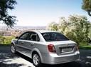 Фото авто Chevrolet Lacetti 1 поколение, ракурс: 135 цвет: серебряный