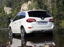 Фото авто Renault Koleos 1 поколение [рестайлинг], ракурс: 135 цвет: белый