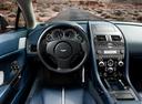 Фото авто Aston Martin Vantage 3 поколение [2-й рестайлинг], ракурс: торпедо