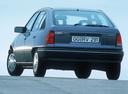 Фото авто Opel Kadett E [рестайлинг], ракурс: 180