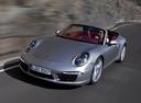 Фото авто Porsche 911 991, ракурс: 45 цвет: серебряный