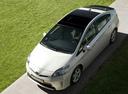 Фото авто Toyota Prius 3 поколение [рестайлинг], ракурс: сверху цвет: белый