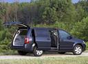 Фото авто Dodge Caravan 5 поколение, ракурс: 225