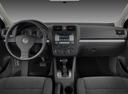 Фото авто Volkswagen Jetta 5 поколение, ракурс: рулевое колесо