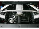 Фото авто Aston Martin Vantage 3 поколение, ракурс: двигатель